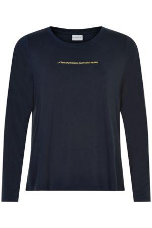 IN FRONT – T-shirts med guld skrift