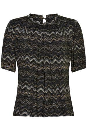 IN FRONT – Bluse med zigzag mønster